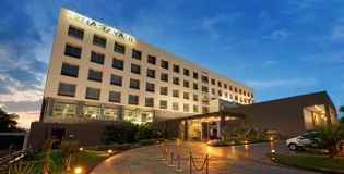 Foto de NARAYANI HEIGHTS HOTELS & RESORTS